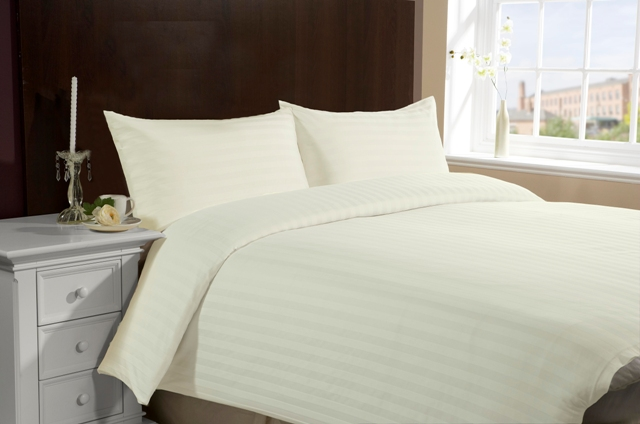 Queen/Full Size Hotel Collection 4-Piece Bedding Sets - Ivory