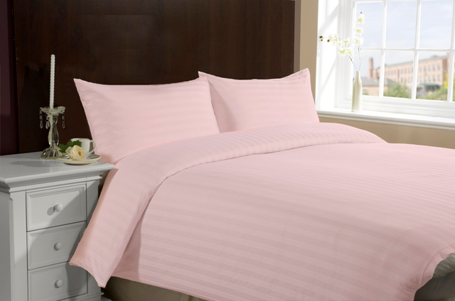 Queen/Full Size Hotel Collection 4-Piece Bedding Sets - Pink