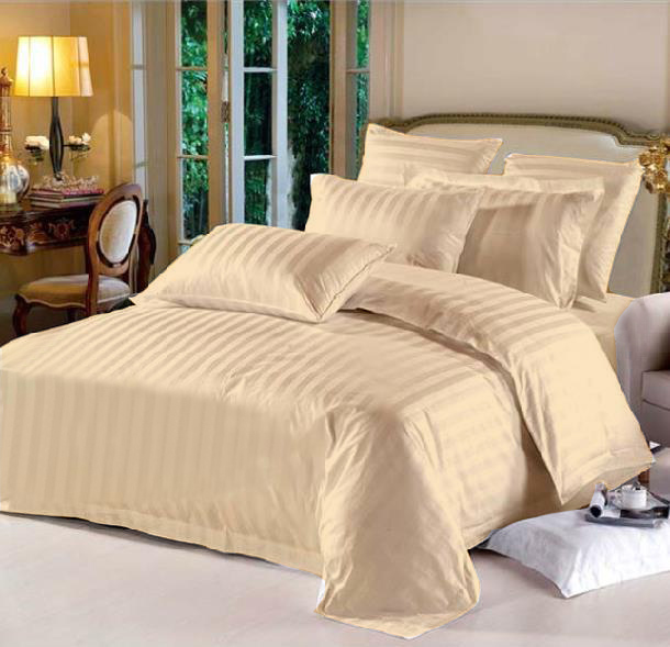 King Hotel Collection 7-Piece Bedding Sets – Peach